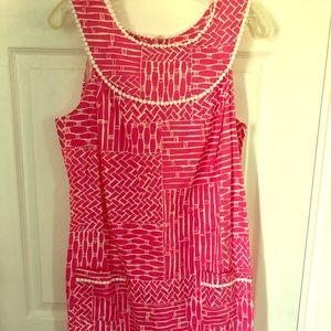 Lilly Pulitzer Hot pink and white Shift size M
